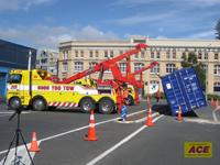 hydraulic crane boom